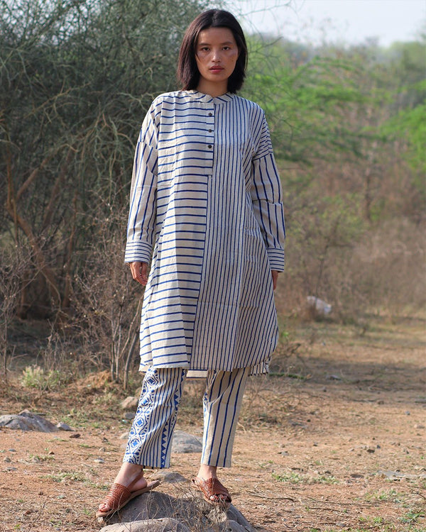 Beige blue blockprinted stripe kurti set of 2