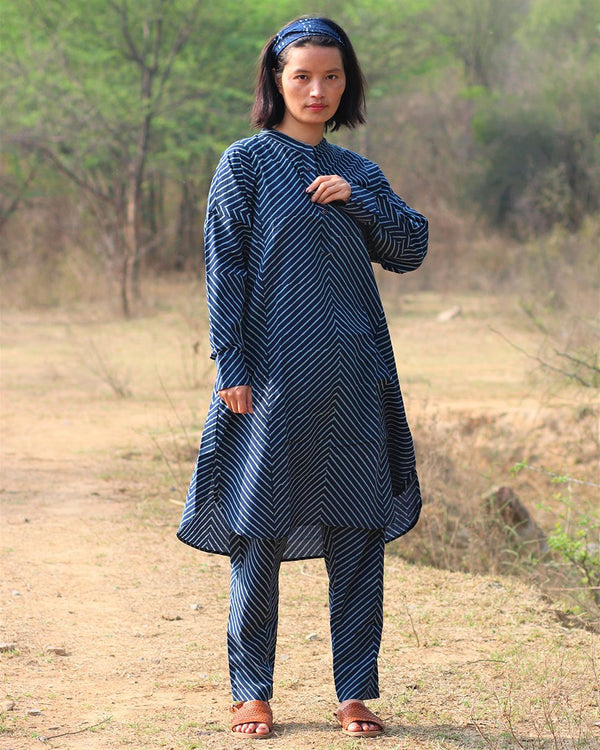 Blue blockprinted  kurti set of 2- moh