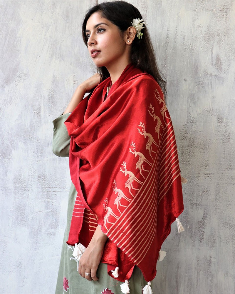 RED BLOCKPRINTED MASHRU SILK STOLE