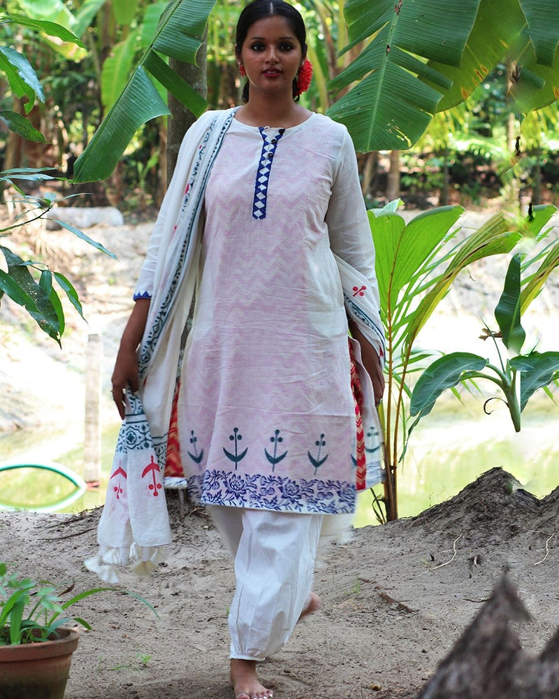 IVORY BLUE BLOCKPRINTED MULMUL KURTI WITH PINK SLIP AND BOTTOM(SET OF 3)