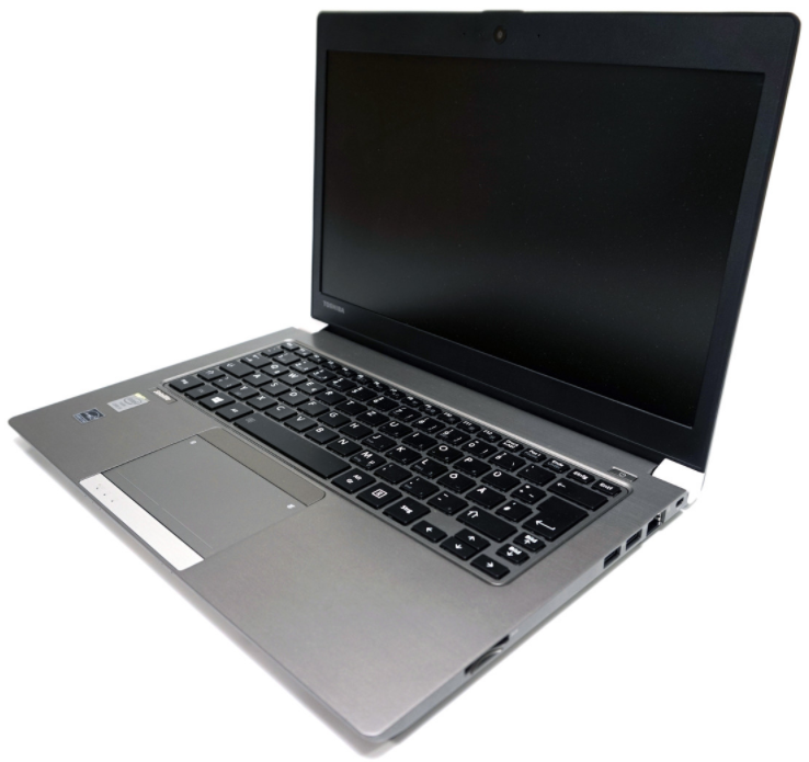 Toshiba Satellite Z30-B Intel Core i5-5200U / 8GB RAM / 256GB SSD