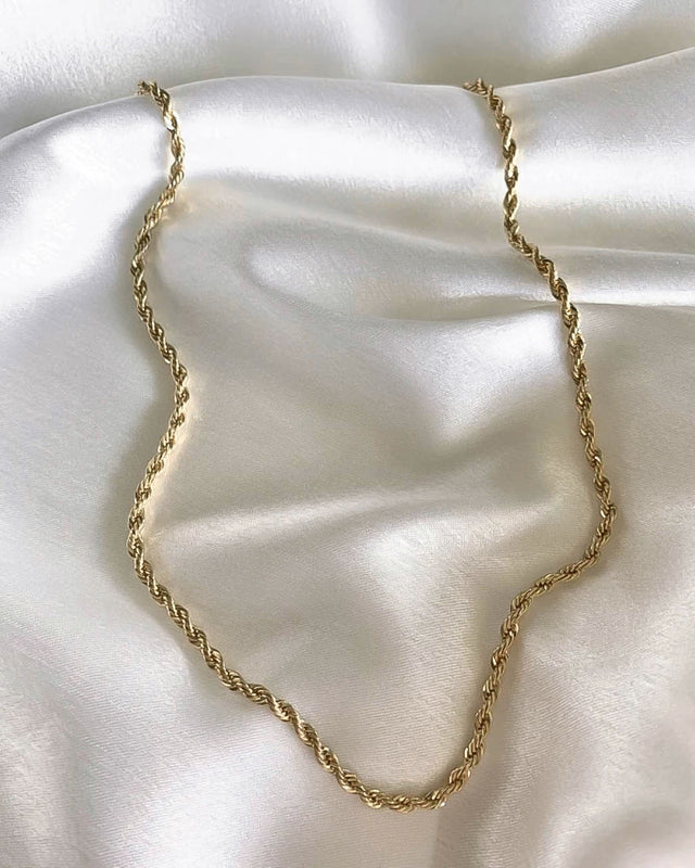 14K Rope Chain Necklace in Gold