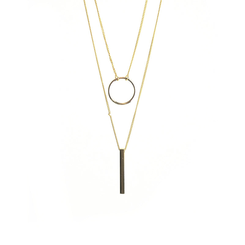 Cutout Circle & Long Bar Gold Short Necklace