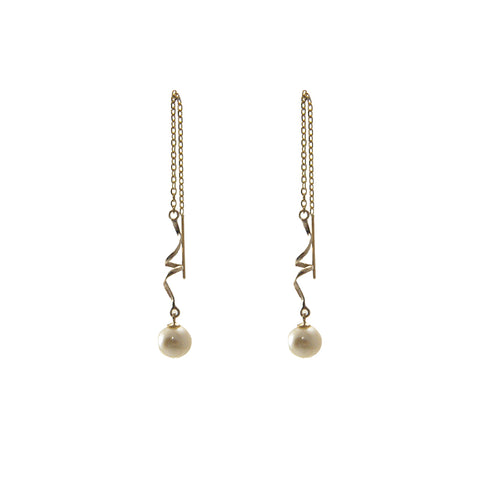 Twisted Bar With Japan Fresh Water Pearl 10K Gold Pull-Thru Earrings