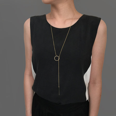 Cutout Circle & Long Bar Gold Adjustable Necklace