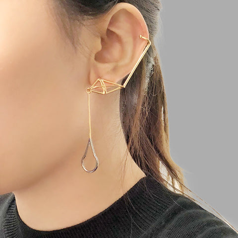 Cutout Waterdrop With 3D Diamond Gold & Black Ear Clip Studs
