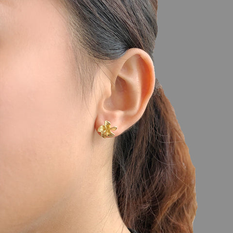 Twisted 5-Pedal Flower Sterling Gold Studs