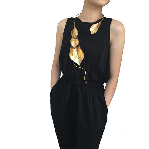 Collar Lily Gold Long Necklace