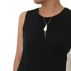 Sida with Duo Filament Silver Short Necklace