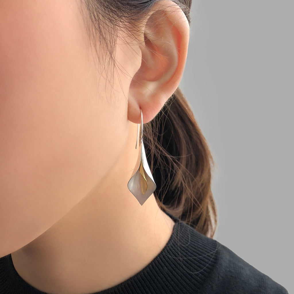 Curved Pedal Gold & Sliver Sterling Sliver Drop Earrings