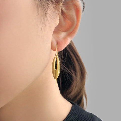 Lantern Flower Gold Sterling Sliver Pull-Thru Earrings