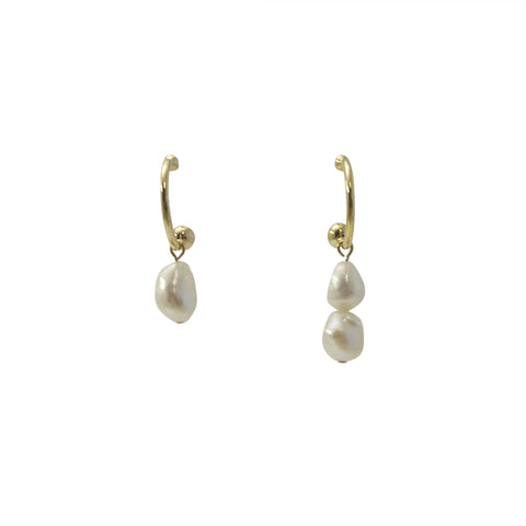 Semicircle With Trio Pearl Gold Pierced Earrings