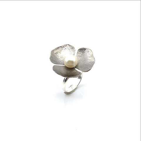 Trillium Pearl Sterling Silver Black Ring