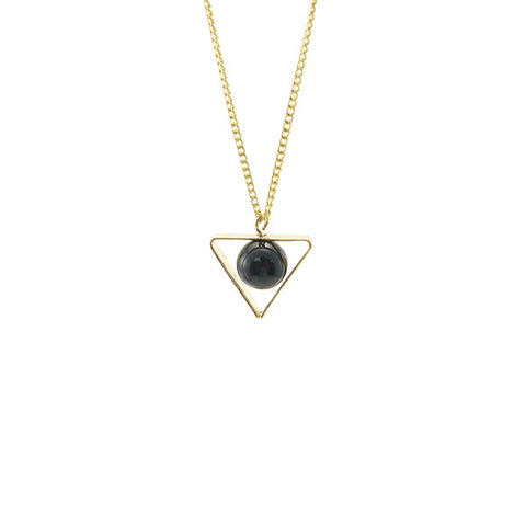 Black Bead Triangle Gold Short Necklace