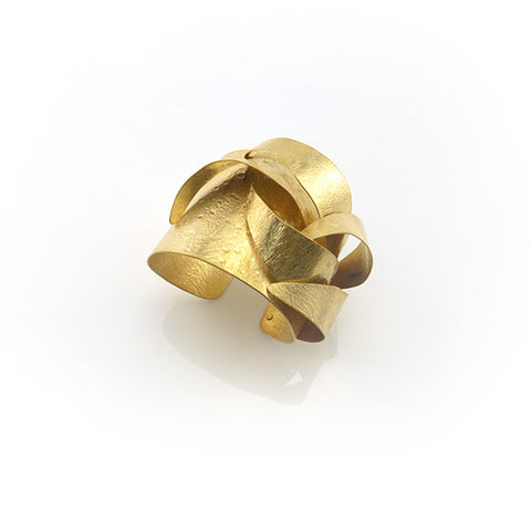 Ribbon Plus Gold Bangle