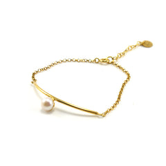 Curve Bar With Pearl Gold Sterling Silver Bracelet