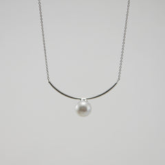 Curve Bar With Pearl Sterling Silver Short Necklace