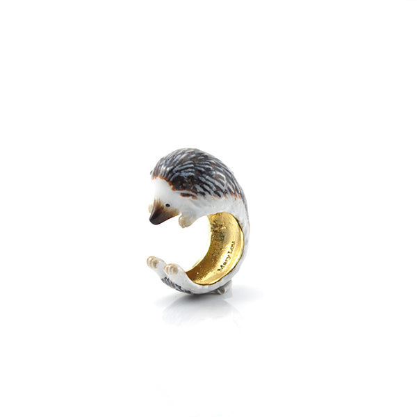 Single Hedgehog Dark Brown Ring