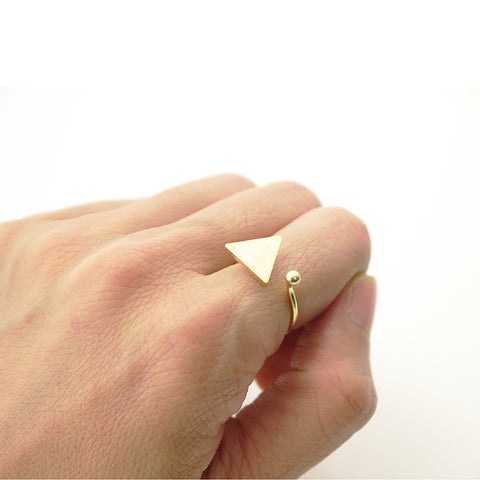 Solid Triangle & Mini Ball Gold Ring