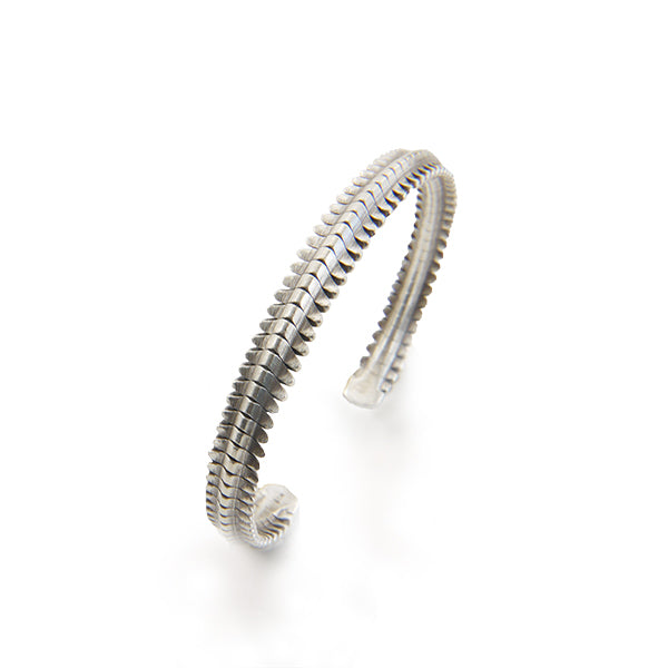The Teeth Bone Pattern Sterling Silver Bangle