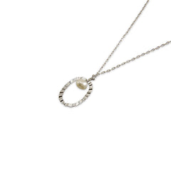 Oval with Pearl sterling silver necklace
