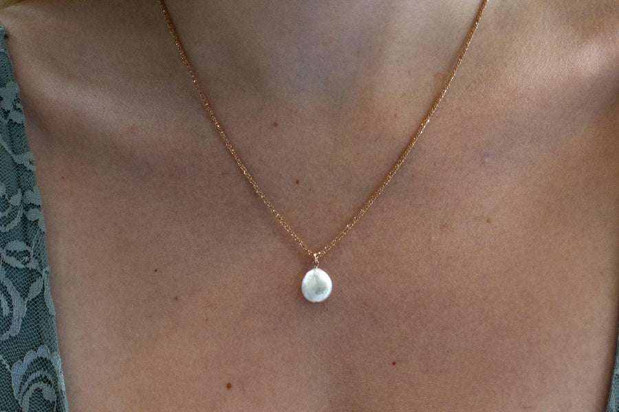 Pearls of...coin pearl necklace on rose sparkle chain