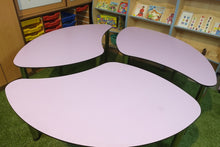 Load image into Gallery viewer, petal shaped school table