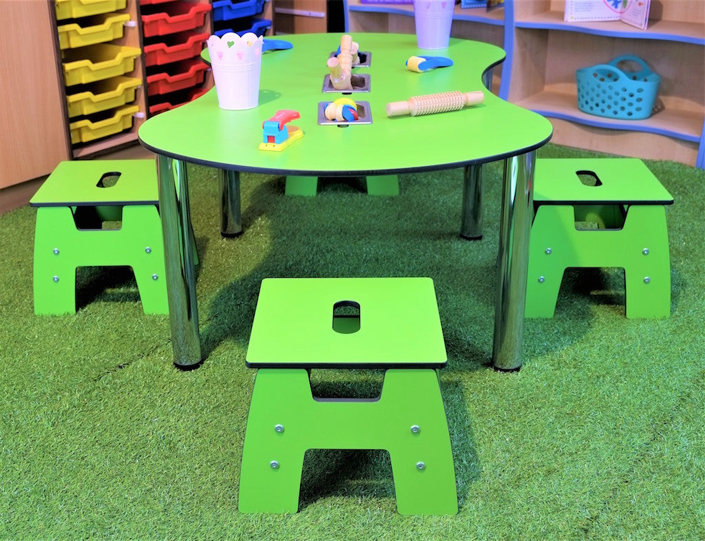 peanut table and chair range for the education industry