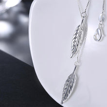 Load image into Gallery viewer, SILVERLEAF Necklace in 18K White Gold Plate