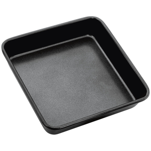 the square cake tin displayed on it's own