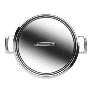 a view of the stainless steel casserole pan from above