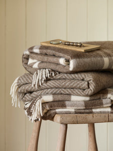 Bronte by Moon Soft Neutral Throw