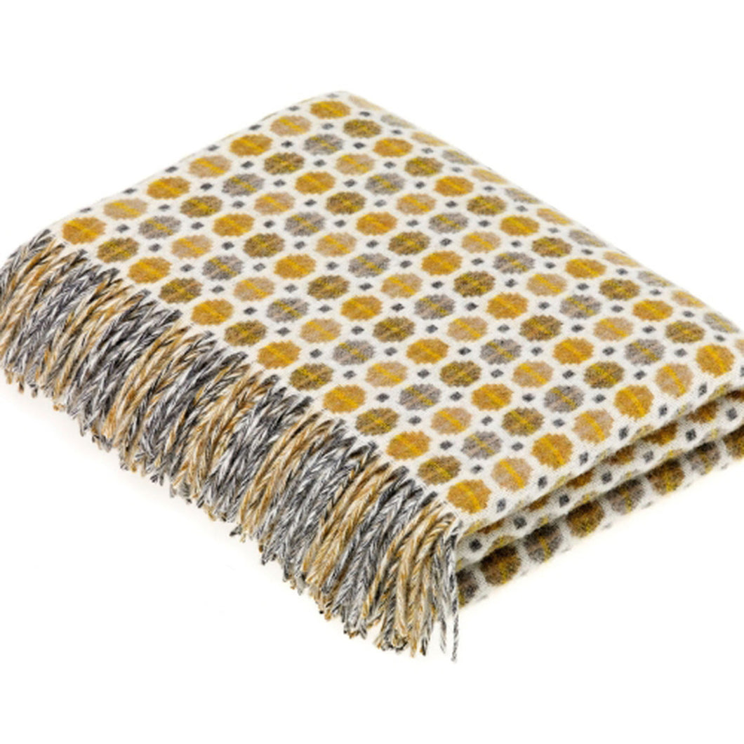 Bronte by Moon Milan throw in Gold