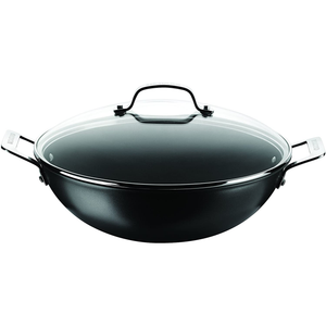 the wok with two handles and a glass lid with a handle