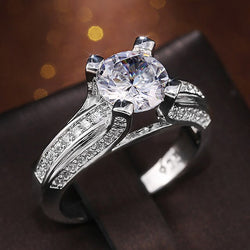 Huitan Gorgeous Women Wedding Ring High Quality Shiny Crystal Zircon Engagement Lady Rings Classic Jewelry Fine Anniversary Gift