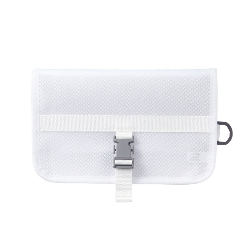 Eva Hanging Case
