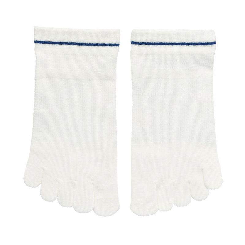 Good Fit Right Angle Sport Five Finger SneakerIn Socks