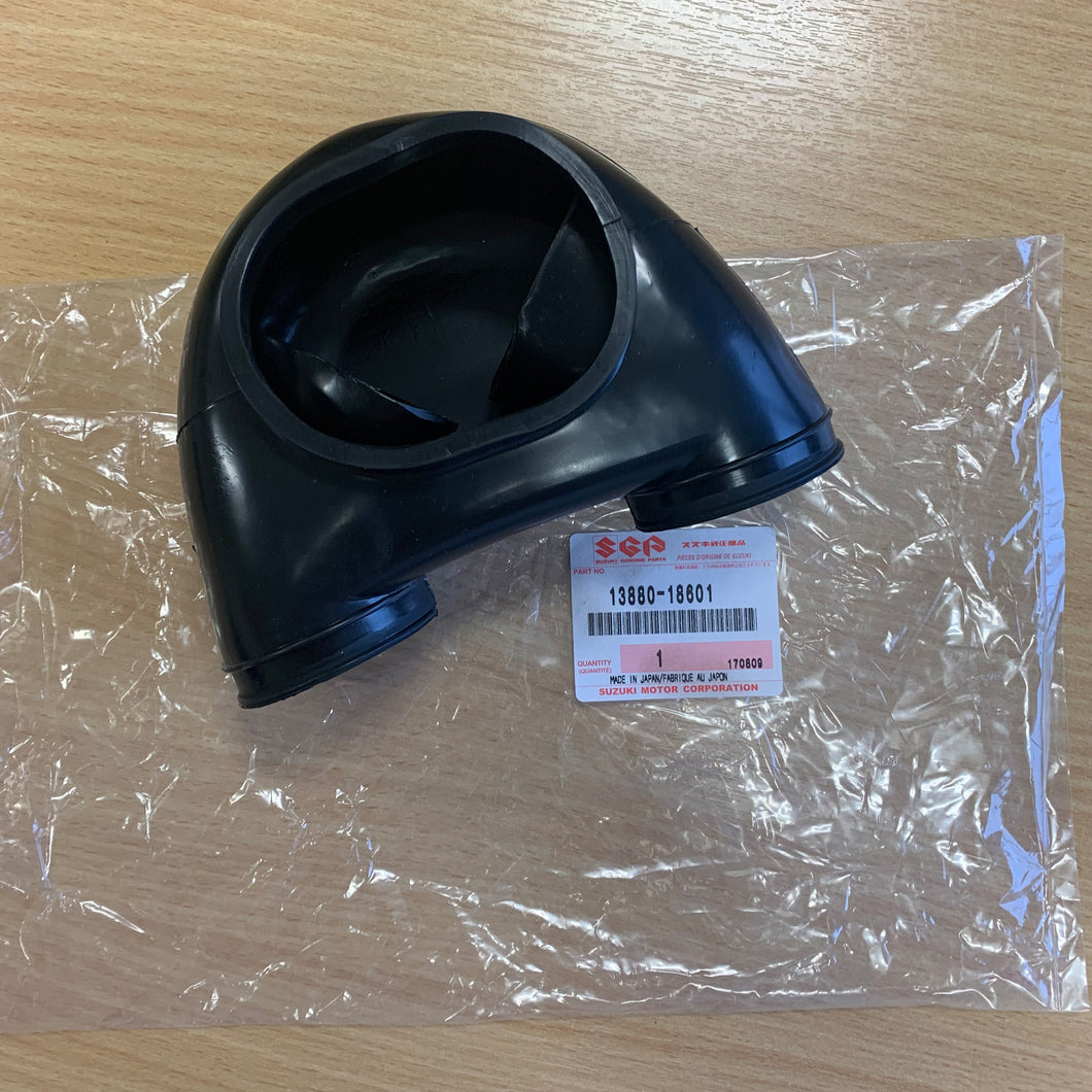 SUZUKI GT500 T500 AIR INLET CARB RUBBER 13880-15304