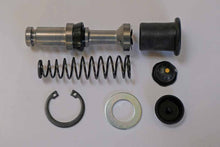Load image into Gallery viewer, GENUINE SUZUKI GT250 MASTER CYLINDER AND CUP SET 59600-45821
