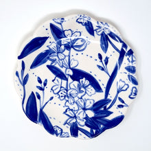 Load image into Gallery viewer, Blossom Plate 15cm