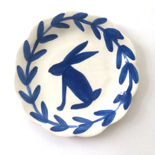 Load image into Gallery viewer, Hare Plate 15cm