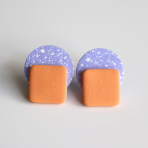 Dot Stud in Lilac Speck & Apricot
