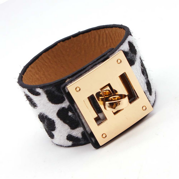 Leopard Charm Leather Bracelets, Wide Cuff Femme
