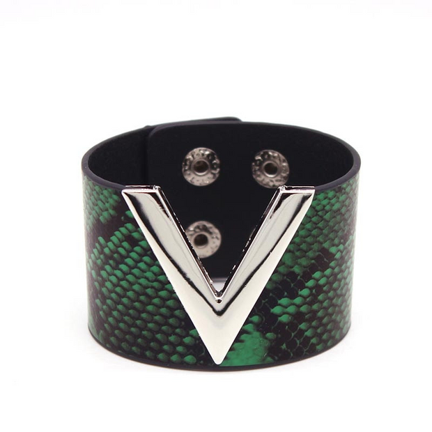 Green Snake Leather V - Leather Bracelets, Wide Cuff Femme