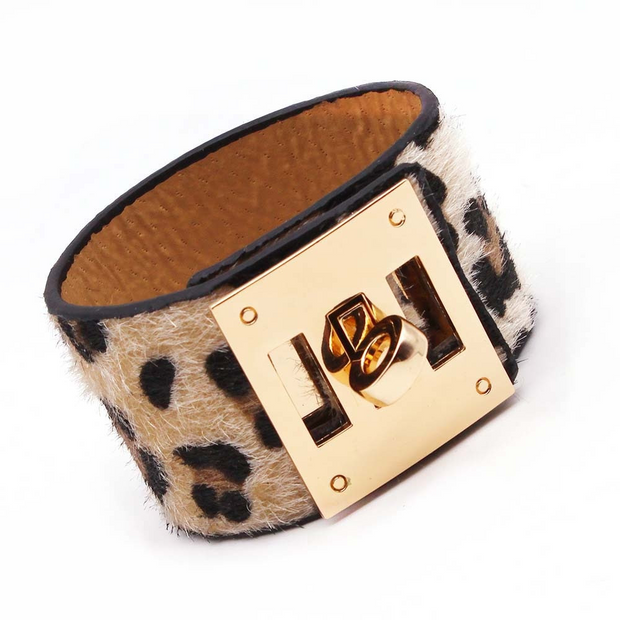 Tan Leopard Charm Leather Bracelet, Wide Cuff Femme