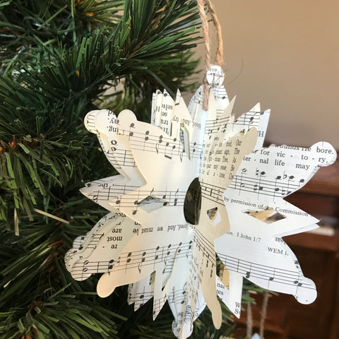 Christmas Ornament: Paper Snowflake