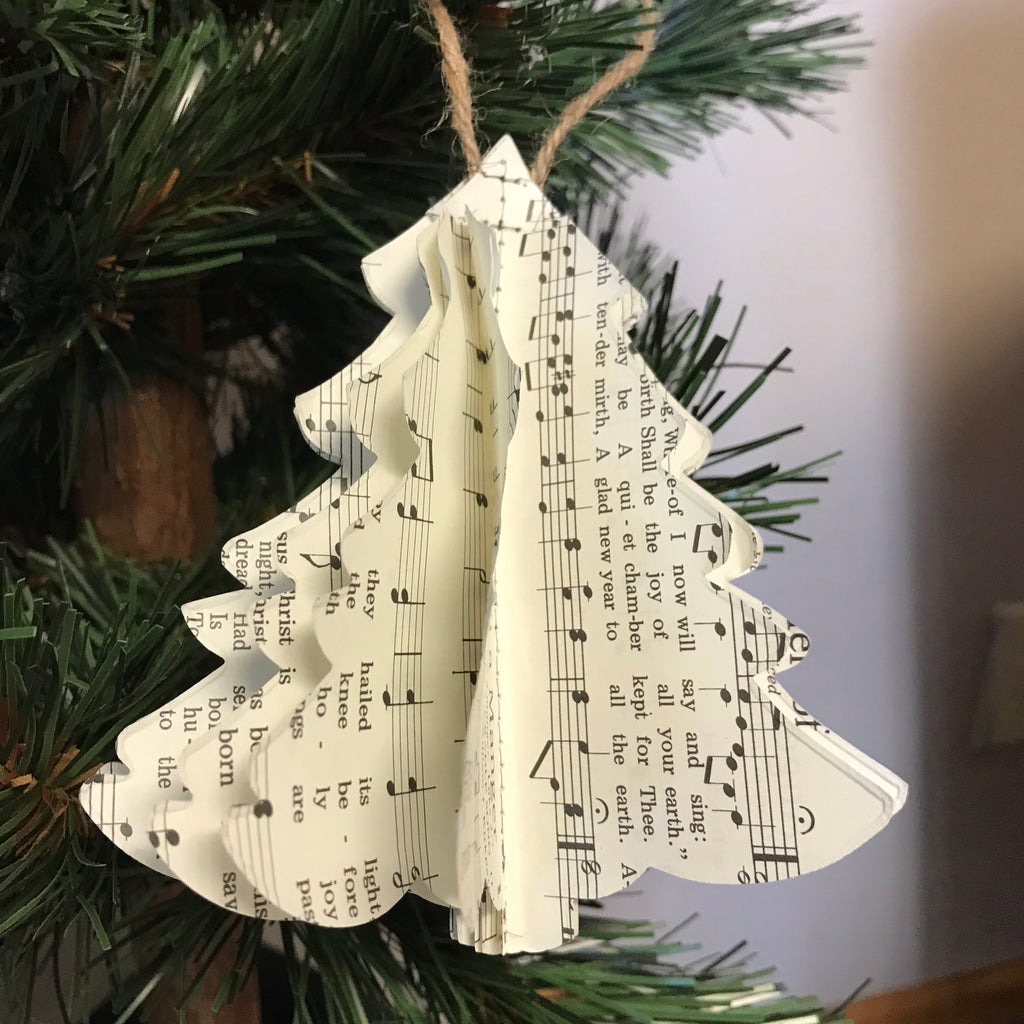 Christmas Ornament: Paper Tree