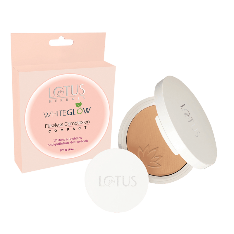 Flawless Complexion Compact Honey WGC2 - Lotus Herbals