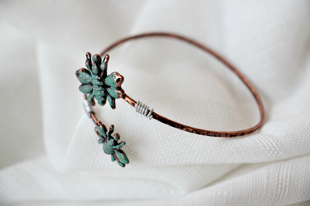 Leah Double Bee Patina Bangle