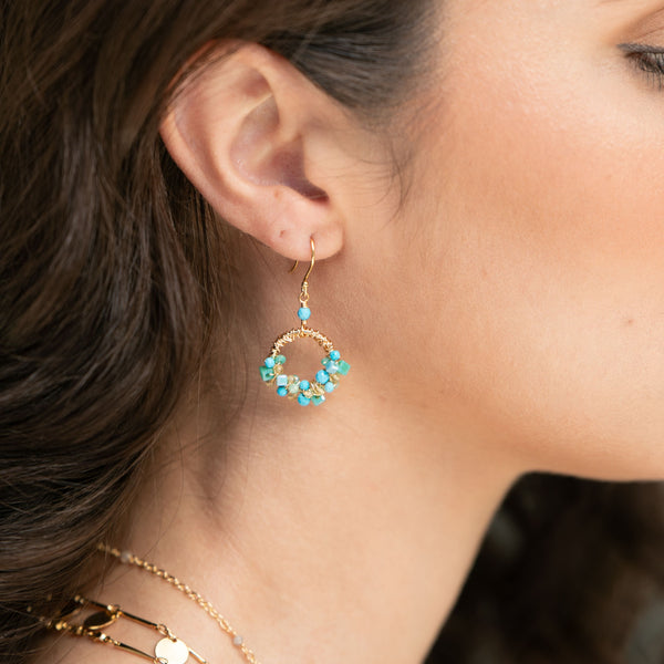 SMALL HALF MESSY TURQUOISE CLUSTER EARRINGS